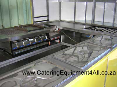 Photo: 6 burner braais in trailer